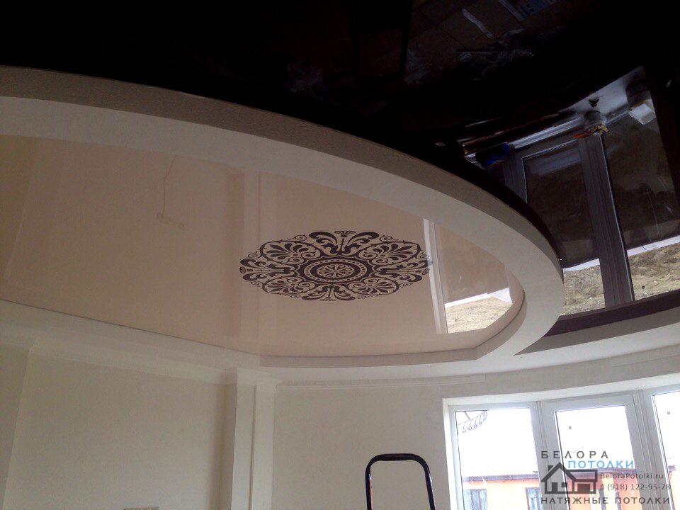 Потолок Лак 501 с печатью + Лак 577